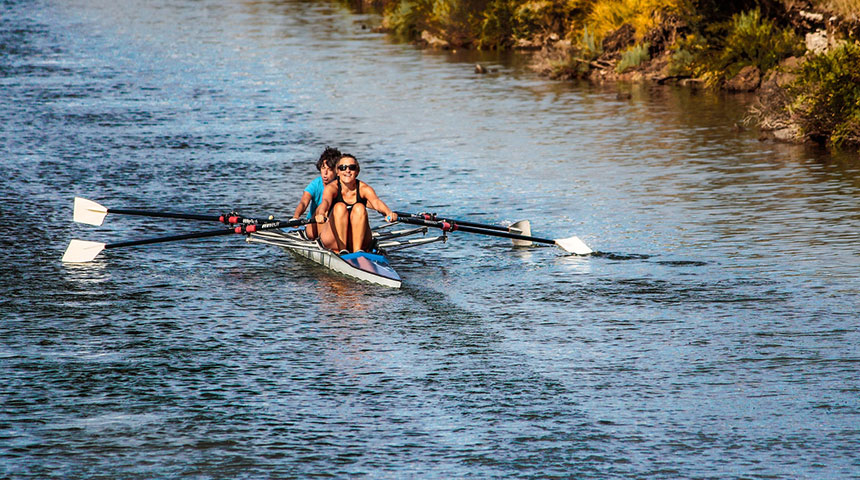two people row - 4 Things to Know Before Betting on Boat Races